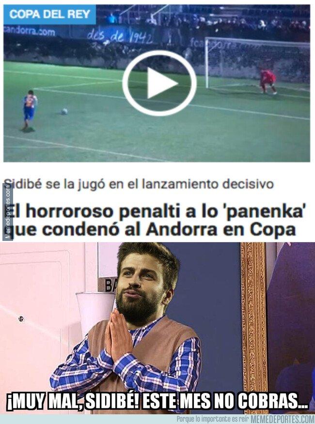 1093833 - Piqué no estará orgulloso de ese lanzamiento de penalti
