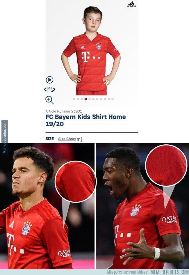 1093844 - Coutinho ha estado jugando la Bundesliga con una camiseta de talla de niño ya que la original no le queda