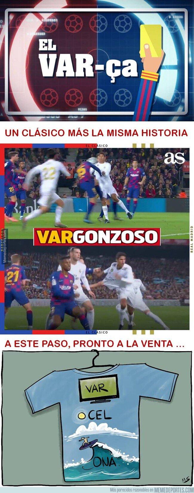 1093889 - Lamentable los árbitros en el Camp Nou