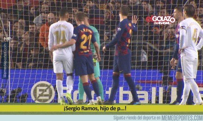 1094010 - Piqué mandó callar a la grada d'animació que insultaba a Ramos