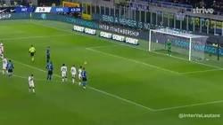 Enlace a Sebastiano Esposito debutaba con el Inter y Lukaku le cedió su penalti, no lo olvidará nunca. De eso se trata este deporte.