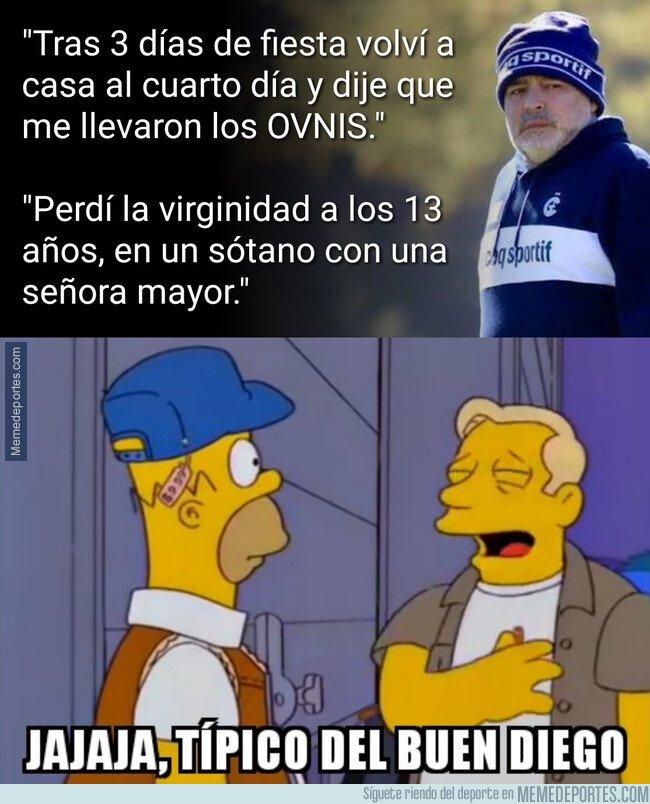 1094348 - Maradona siendo Maradona