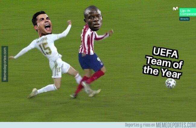 1095943 - La UEFA dejó fuera del 11 del año a Kanté pese a tener más votos para que entrara Ronaldo