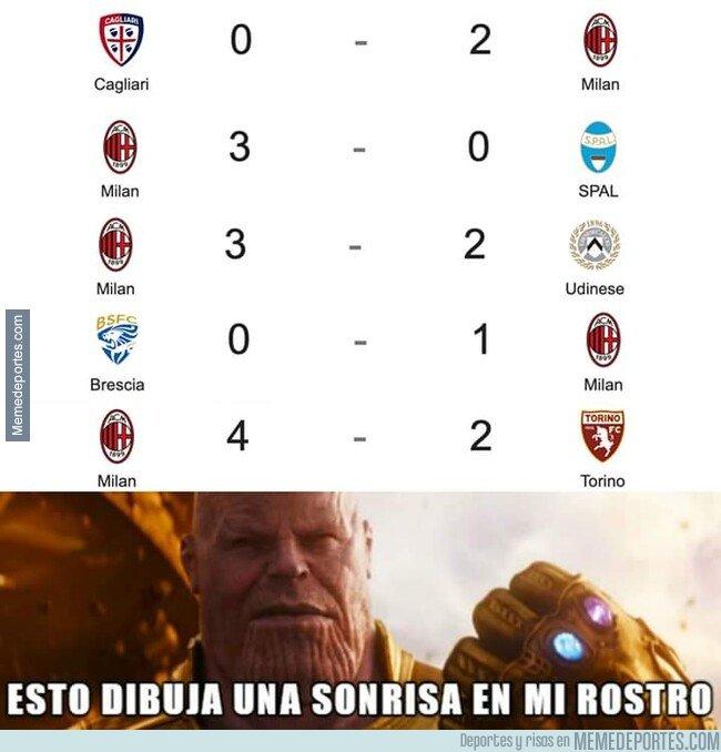 1097020 - Los del Milan viendo que llevan 5 partidos sin perder