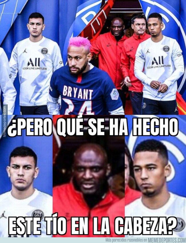1097326 - Las reacciones que deja el nuevo look de Neymar a su paso