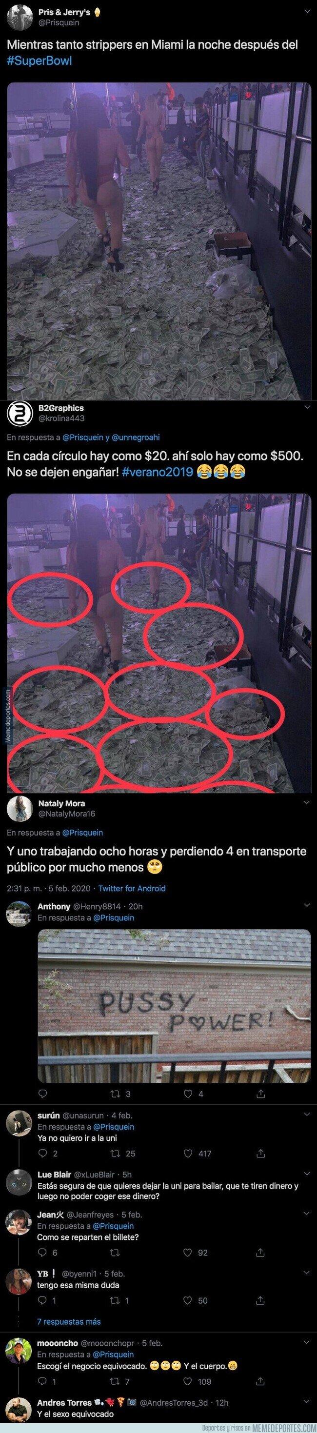 1097706 - Se filtra una foto de como quedó el suelo de la sala de strippers repleto de todo el dinero que le lanzaron los asistentes tras la Superbowl y es impresionante