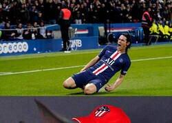 Enlace a Atléticos viendo a Cavani marcar de nuevo