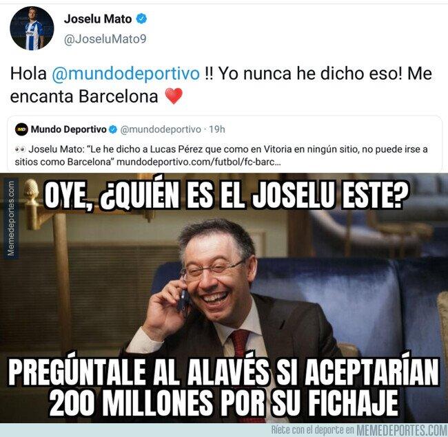 1098202 - Joselu presenta su candidatura como futurible delantero para el Barça