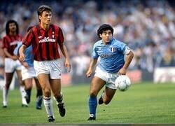 Enlace a Maldini se enfrentó a lo mejor de 3 generaciones del fútbol