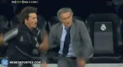 Enlace a Mourinho al enterarse de la sanción al City de Guardiola
