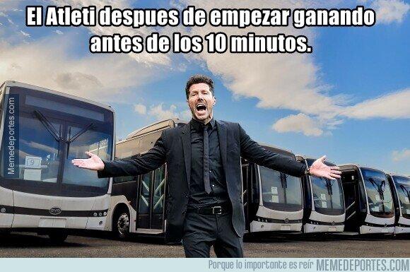 1098691 - Todos los buses de Madrid al frente de Oblak