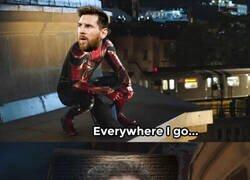 Enlace a Messi llegando a Nápoles