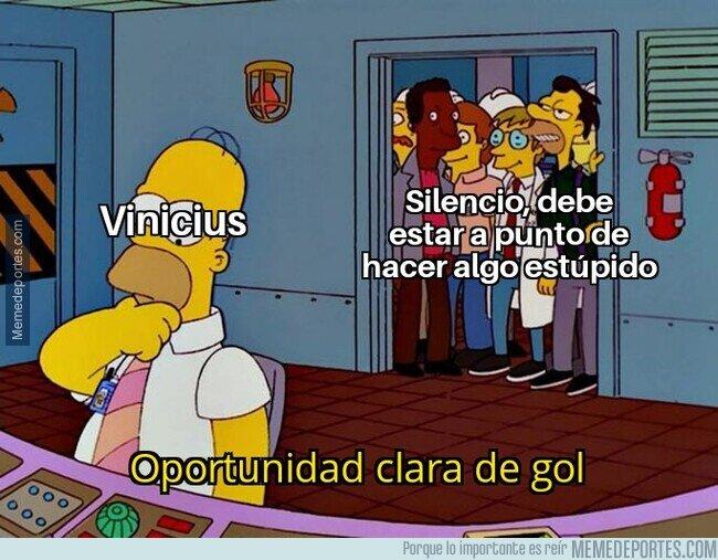 1099288 - Vinicius y su idilio con los fallos a puerta