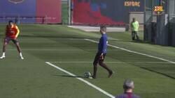 Enlace a La jugada de Braithwaite en el entrenamiento del Barça en la que parece Messi regateando