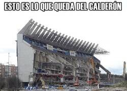 Enlace a Asi va la demolición del Calderón
