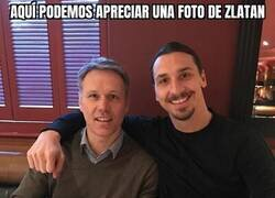 Enlace a Zlatan y un Fan...