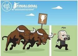 Enlace a Los 'Red Bull' acabaron con los de Mou, por @justtoonit_th