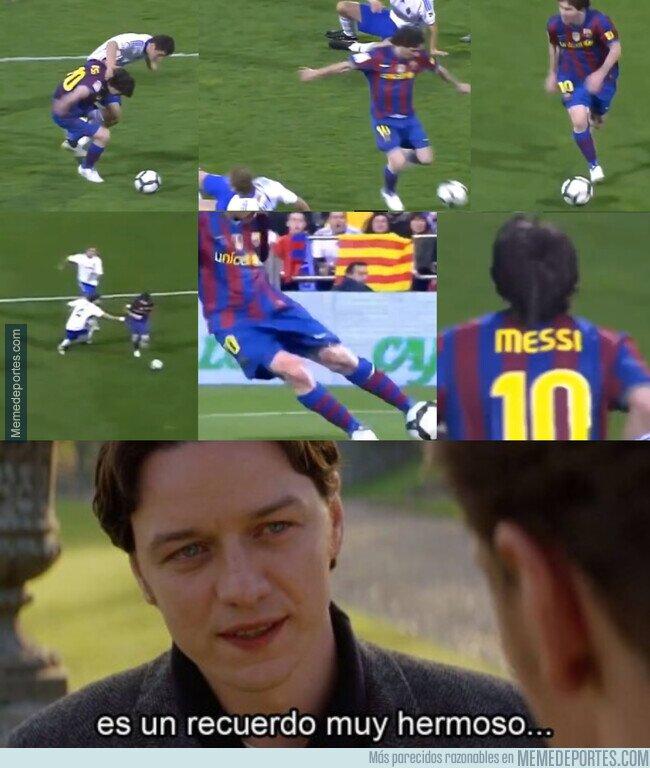 1101353 - Se cumplen 10 años del mítico gol de Messi en la Romareda