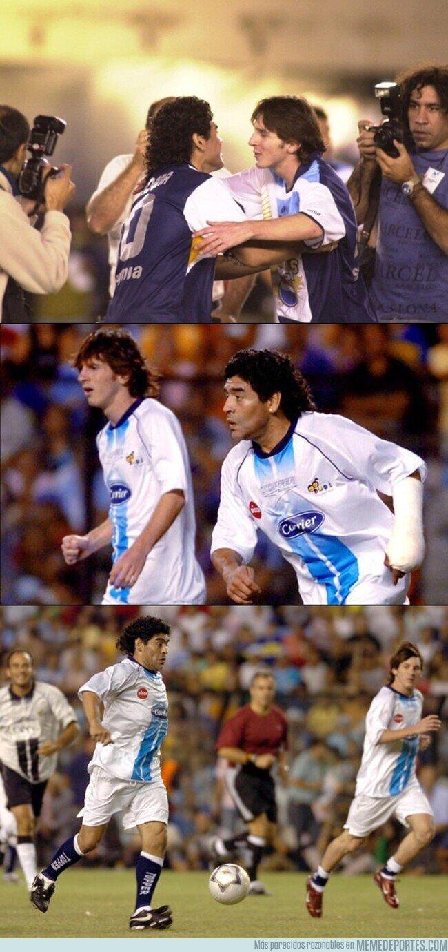 1101998 - Imágenes de 2005. La única vez que Messi y Maradona jugaron juntos