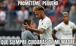 Enlace a Neymar conversando con su nuevo padrastro