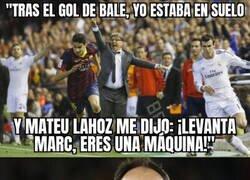 Enlace a Lo que Mateu le dijo a Bartra tras el recordado gol de hace 6 años. Un árbitro diferente.