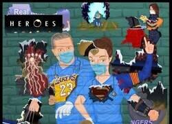 Enlace a Nuestros verdaderos héroes, por @r4six