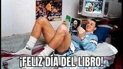 Enlace a Esta imagen de Zlatan idolatrando a Ronaldo es lo mejor que verás hoy