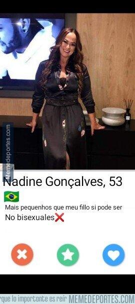1103294 - La madre de Neymar muy exigente