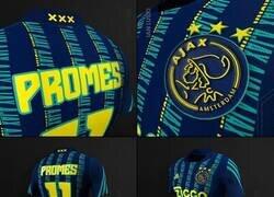 Enlace a La psicodélica nueva camiseta del Ajax para la 2020-21. Inspirada en un viejo conjunto de los 90s.