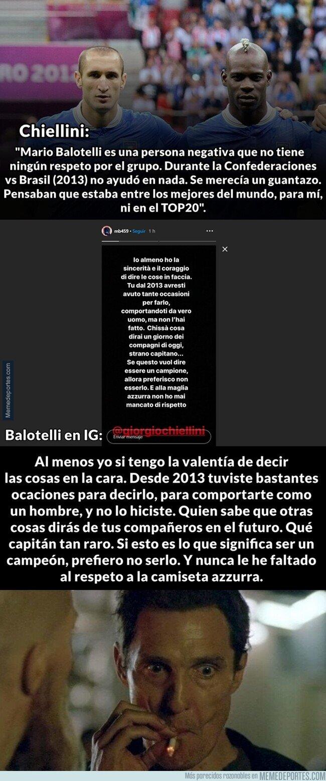 1104189 - Chiellini y Balotelli se dan fuerte en sus últimas declaraciones.