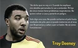Enlace a Troy Deeney se rebela contra el regreso del fútbol en Inglaterra