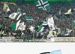 Enlace a El Gladbach logró llenar su estadio