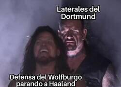 Enlace a El peligro del Dortmund viene por las bandas