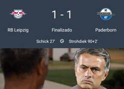 Enlace a Lo que no consiguió Mou lo ha logrado el colista de la Bundesliga