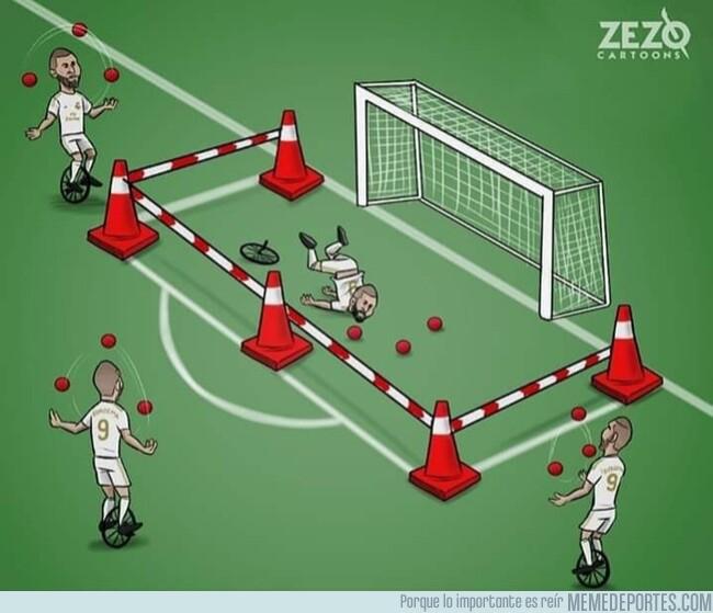 1106569 - Benzema juega de lujo, excepto de cara a puerta, por @zezocartoons