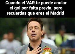 Enlace a Ya es costumbre lo del Madrid y el VAR