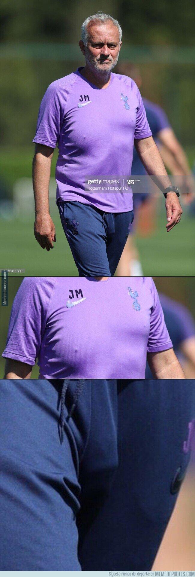 1108470 - Mourinho, ya no uses más ropa ceñida