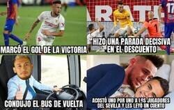 Enlace a Todo lo que hizo Ocampos el día en el que el Sevilla se jugaba certificar la Champions