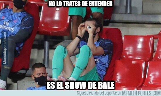 1109379 - Simplemente Bale