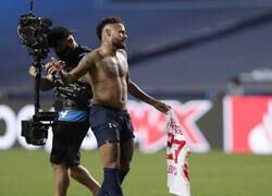 Enlace a Neymar podría perderse la Final de la Champions League