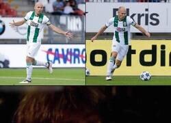 Enlace a Arjen Robben ha regresado al fútbol