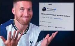 Enlace a El Tottenham ficha a un jugador que es un reconocido fan del Arsenal (su eterno rival) pero lo soluciona de forma magistral en la presentación