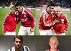 Enlace a Un joven Suarez cuando conoció a dos juveniles en el Ajax