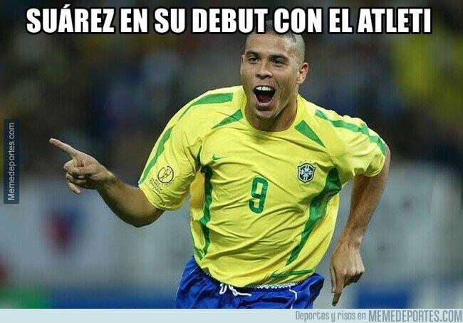 Memes del debut de Luis Suárez 1