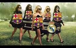 Enlace a El Barca destruye 4-0 al Real Madrid en el primer clásico femenino