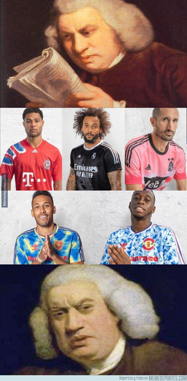 1118689 - Adidas saca una línea de camisetas 'pintadas'