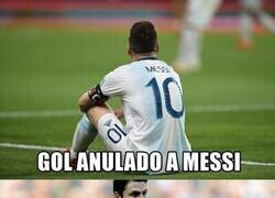 Enlace a ¿Que acaso no era Messi el consentido de la conmebol?