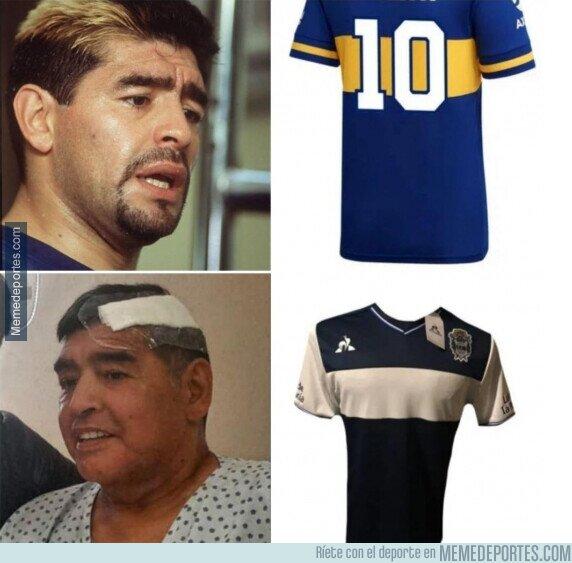 1120383 - Diego se adapta a su camiseta actual