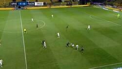 Enlace a Moussa Wagué, jugador cedido del Barça se rompe el tendón rotuliano y los ligamentos salvando un gol de la línea