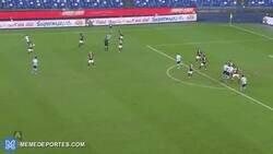 Enlace a Insigne salva un punto contra el Torino